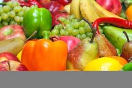 La fruta y las verduras son la principal fuente de anitoxidantes, imprescindibles en una dieta equilibrada.